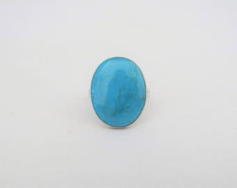 Vintage Sterling Silver Oval Turquoise Ring Size 6.5