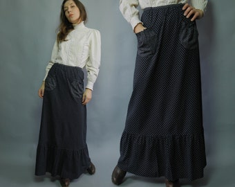 Vintage 70s black prairie skirt Calico flounce maxi skirt White floral print Women cotton skirt Gypsy Boho Summer Festival Size Small