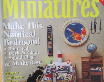 Dollhouse Miniatures Magazine Back issue April 1998  issue  used good condition.