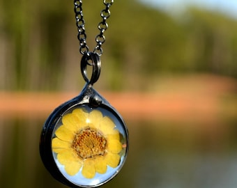 Sunflower Necklace, Boho Chic, Real Wildflower Pendant, Sunflower Jewelry, Dry Pressed Flowers  (2543)
