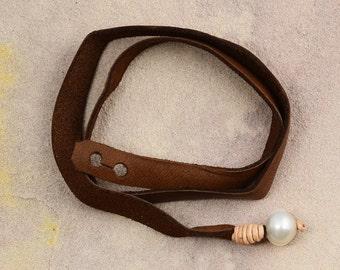 Vincent Peach Leather Pearl Wrap Bracelet