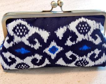 Metal-frame clutch cotton purse handbag blue white evening bag wedding frame ikat bridalclutch cosmeticbag frame hand bag clutch