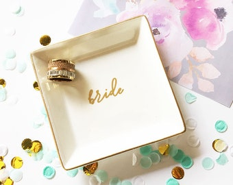 Monogram Jewelry Dish Maid of Honor Gift Sister in Law Gift for Mom Wedding Mothers Day Gift Ideas   (EB3180SM)