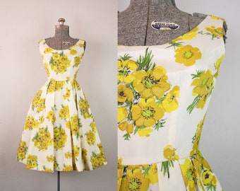 1950's Yellow and White Floral Taffeta Party Dress / Size XSmall