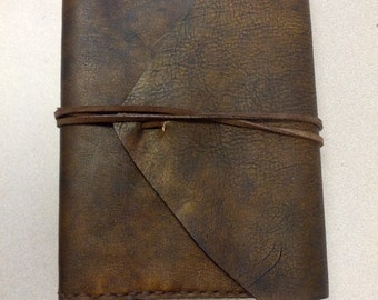 Antique look refillable journal