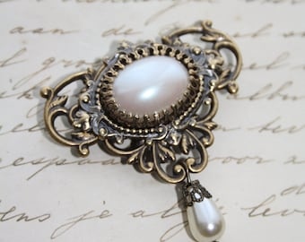 Filigree Ornate Brass BROOCH Gothic Victorian Choose stone COLOR Colour Customable Baroque Rococo Pearl Mint  Blue Red