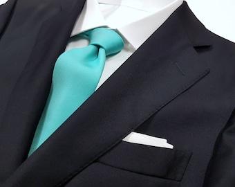 SPA mint green Tie in Solid Tonal