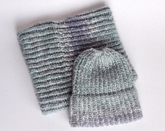 Duo hat and neck warmer