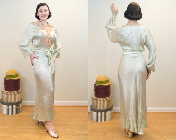 Lace Silk Complete the Sleeves 1930s DROP Vintage and Chest Lingerie with Gown Dressing Liquid PRICE Bishop Top Over a8SwqYB