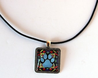 Paw Print Necklace, Pet Memorial Jewelry, Sympathy Gift, Dog Mom Gift, Personalized Dog Tag, Mexican Art, Folk Art, Cameo Necklace, Art