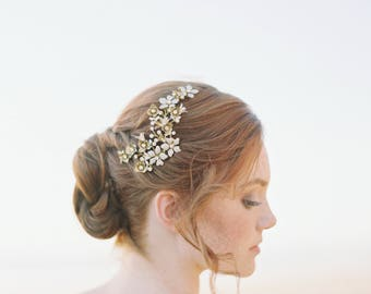 Enamel Bridal Headpiece, Floral Bridal Hair Comb, Ivory Brass Wedding Headpiece, Nature Inspired Bridal Headpiece - Style 705