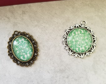 Antiqued Green and White Lined Decorated Cabochon Necklace Pendants, Jewelry, Necklace, Accessory, Vintage and Antiqued Look
