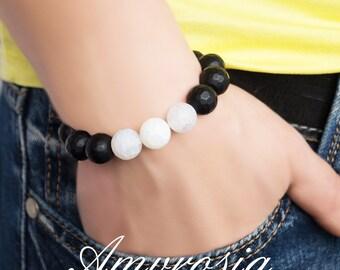 Black onyx bracelet, White agate bracelet, Gemstone bracelet, Energy bracelet, Agate bracelet, Onyx bracelet, gift for him, gift for her