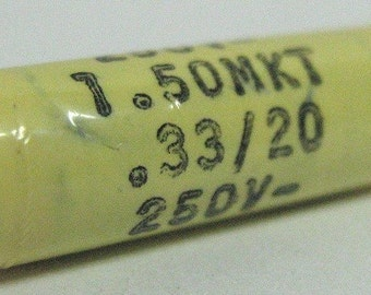 Capacitor 330nF 20% 250V, polyester