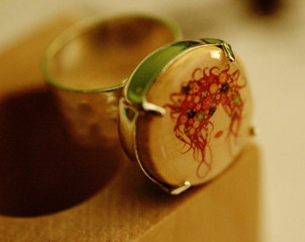 Flowers in Her Hair Cork Ring in Wood Block by Uncorked