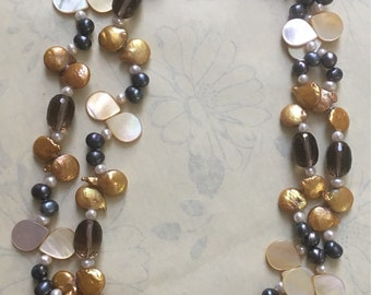 Vintage handmade semi precious stones two row necklace / freshwater pearls / mother of pearl / #blackpearls