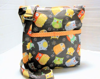 Colorful Owls Cross Body Bag, Crossbody Messenger Bag, Owl Purse, Colorful Owl Bag, Handmade Cross body,  Owl Crossbody