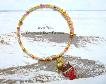 Light pink brazilian beaded bracelet,pink and yellow beaded bracelet,light colors memory wire bracelet,Boho Hippy Gipsy style,beach jewelry
