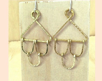 Brass earrings. Scalloped Earrings. Shaped earrings. Unique earrings. Hammered wire earrings. Dangle earrings. Handmade brass earrings