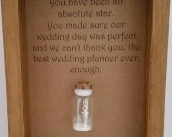 Wedding planner, Organiser, Coordinator, Thank you, Gift, Card. Can be personalised with names or your own message.