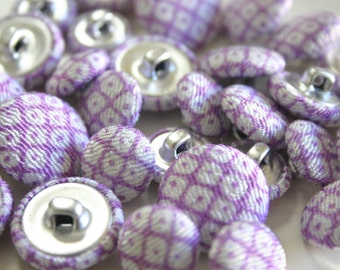 Lavender Chirimen fabric buttons - Japanese fabric buttons (3 of each size - 9 pieces total)