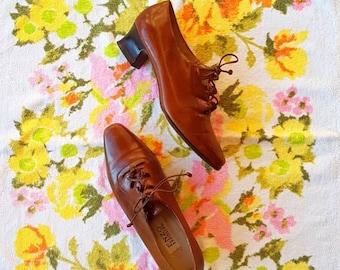AMAZING VINTAGE 60's Enzo Angiolini lace up shoes size 8 *rare*