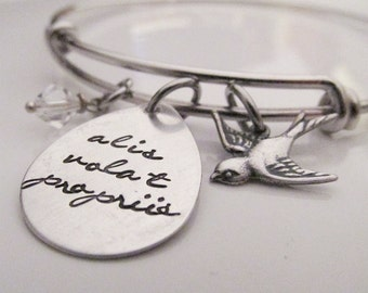 Hand Stamped Wire Bracelet - She Flies With Her Own  Wings - Alis volat propriis - Latin quote bracelet - bird jewelry