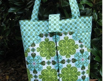pdf Sewing Pattern - Pleated Carry-All - large tote bag with lots of pockets - Instant Download