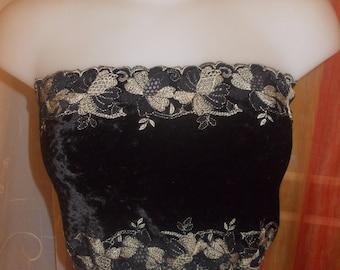Embroidered lycra flowers beige and black velvet strapless bandeau top, size 38/40 length 24 cm.