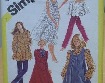 Simplicity 5665 maternity dress, blouse and pants sewing pattern Size 14 UNCUT