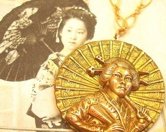Mikado, 1900s BUTTON necklace, Victorian geisha with umbrella, Antique Button Jewellery.