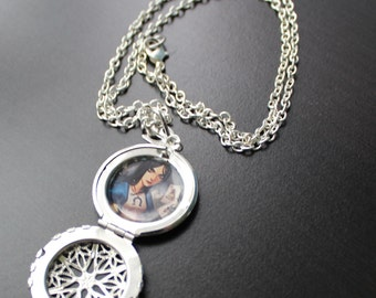 Alice: Madness Returns American McGee's Alice - photo locket necklace pendant SWAROVSKI crystal