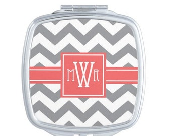 Personalized Compact Mirror, Monogram Hand Mirror, Bridal Party Gifts, Monogrammmed Pocket Mirror