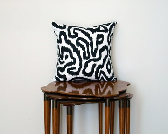 Graphic Abstract Pillow Cover, in Black + White