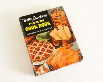 Vintage Betty Crocker Picture Cookbook 1956 Five Ring Binder Over 2000 Recipes, Cooking Secrets Hints for Novice Pro, 50s Retro Kitchenware
