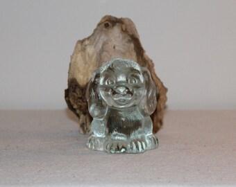 Süßer Glas Hund Figur Mid Century 60s Zauberhafte Glas Figur Home Dekor der Extraklasse