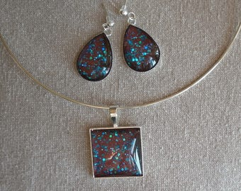 Loop-earrings glass cabochon necklace set hand painted Brown glittery turquoise