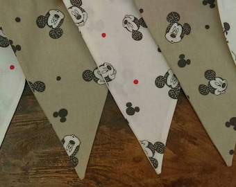 Mickey grey and white bunting