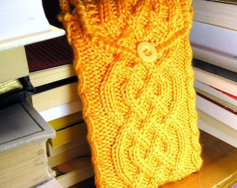 Pattern: eReader or Small Tablet Cozy