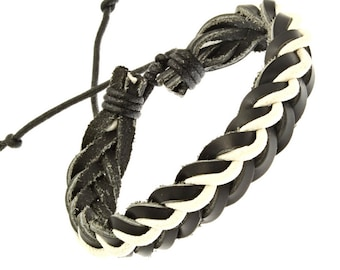 Plaited Leather Strap Bracelet In White And Black - 244