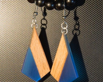 Minimalist earrings made of resin and wood-blue, red, orange, yellow