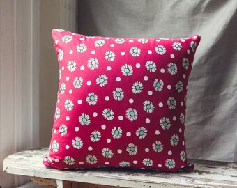 Square Cushion Cover in Deep Red Daisy Design by Fumika Oishi for D's Collection with a french linen backing.