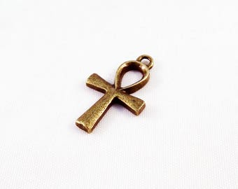 BC36 - Bronze goddess of war Sekhmet Ankh cross charm pendant