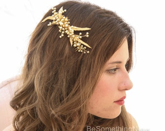 Gold Bridal Hair Comb Vintage Inspired Wedding Hair Accessory Headpiece with Gold Leaves and Pearls Decorative Comb Hair Jewelry