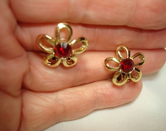 Vintage Ruby Red Flower Earrings.