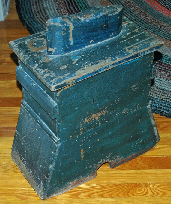 Antique 19th C AMERICAN Original BLUE Painted SHOESHINE Box Real Country Folk Art Pine w/ Handles and Removable Lid Great Vintage Condition