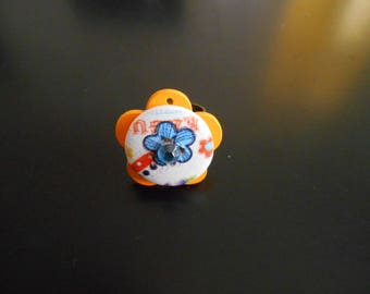 Orange and blue flowers ring