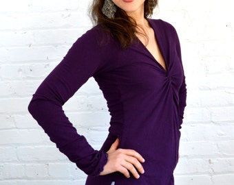 Small Longsleeve Twist Front Shirt in Plum Purple