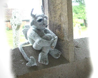 SIMON the Baleful (Gargoyle) toy knitting pattern by Georgina Manvell