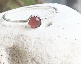 Red Onyx Sterling Silver Ring / Dainty Stacking Ring / Onyx Ring / Simple Gemstone Ring / Gift for her